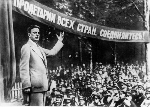 Счастливо оставаться. Владимир Маяковский. (12 фото)