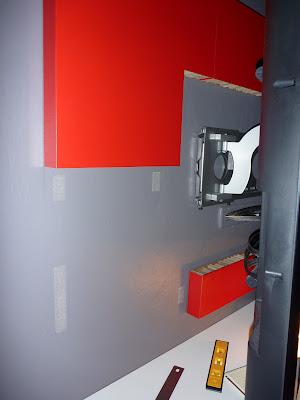как прикрепить телевизор к стене-6