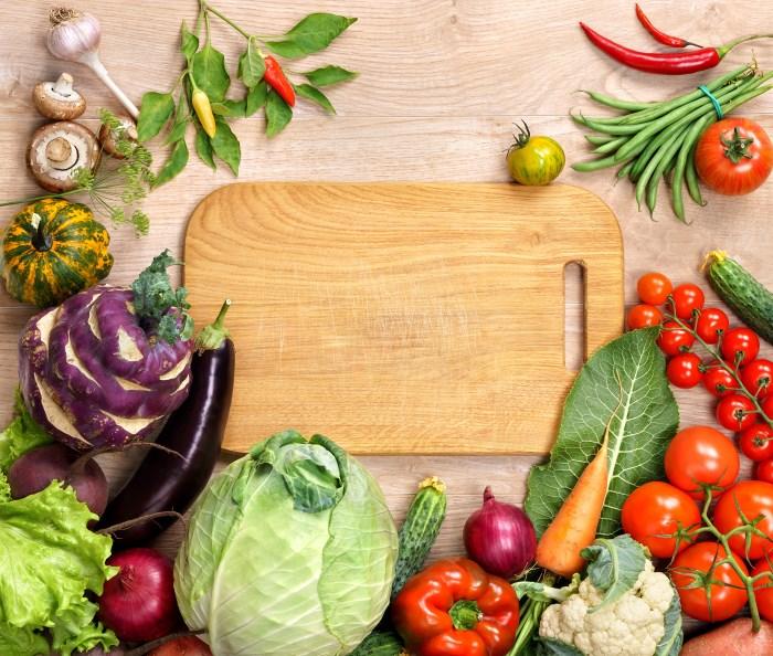 В каких продуктах много витамина Е - таблицы и списки овощей, фруктов, орехов и т.д.