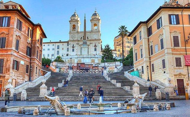 Испанская лестница. Рим, Италия.