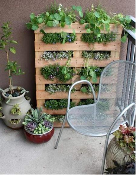 16 очаровательных сезонных идей для сада на балконе фото 6