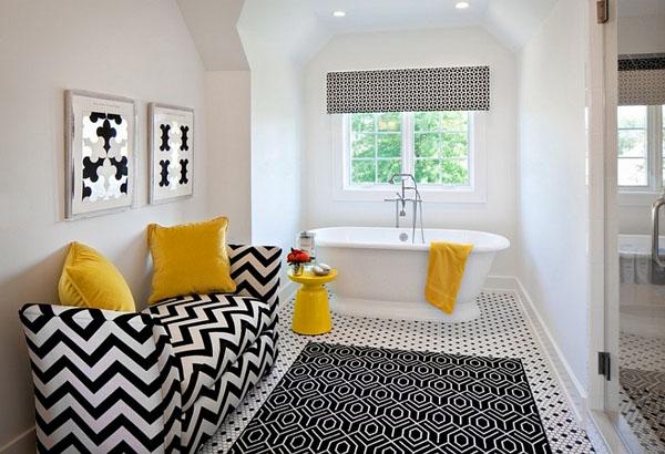 Чёрно-белая ванна с цветовыми акцентами от K Kong Designs