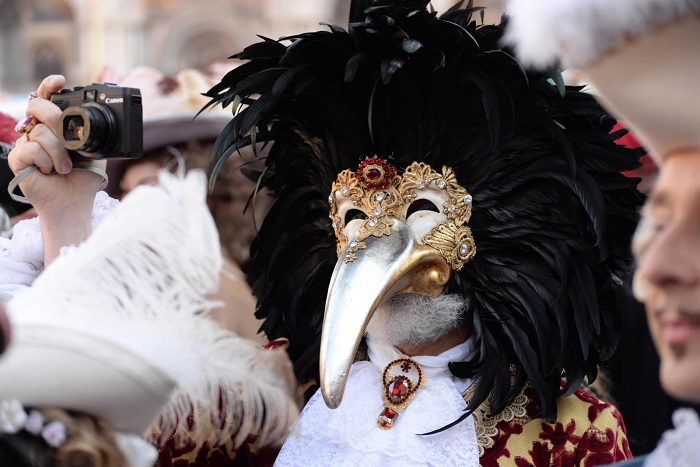 Дотторе Песте - маска с уникальной историей.