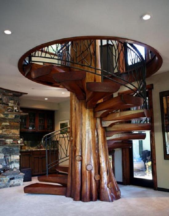 Лестница-дерево.