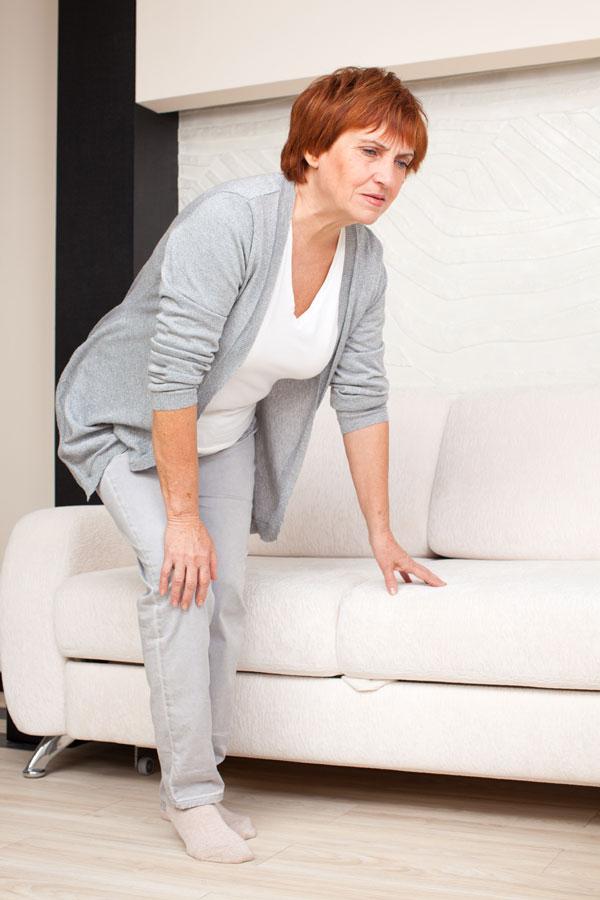 сильная слабость в ногах причины