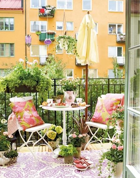 16 очаровательных сезонных идей для сада на балконе фото 5