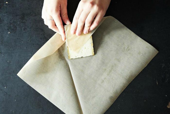 Правильное хранение сыра. | Фото: BuzzFeed.