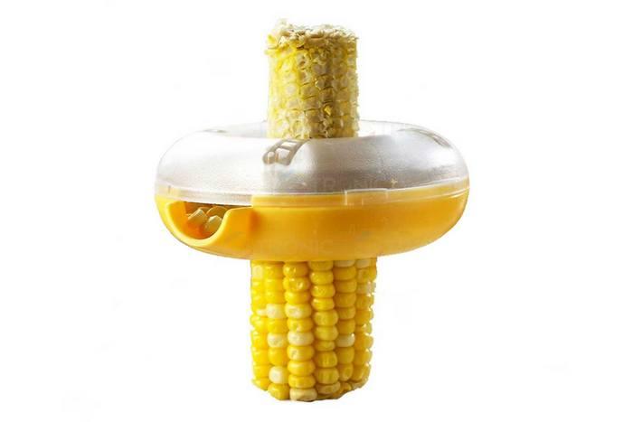 Странный кухонный гаджет «Очиститель кукурузы от зерна».