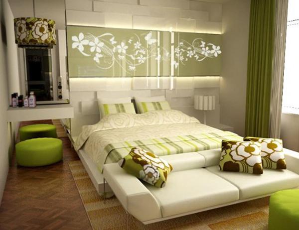 Ковер на стене в спальне
