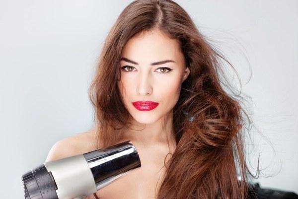Как придать объем волосам феном: инструкция по применению