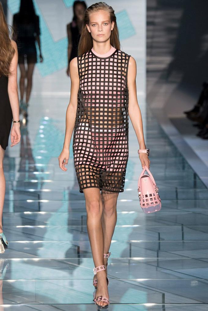 versace-2015-spring-summer-runway11.jpg