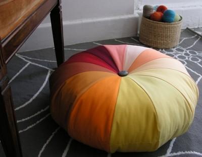 Пуф, подушка или игольница - волшебные штучки для дома своими руками.