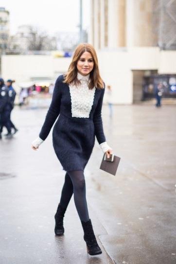 Christine Centenera в сором платьице с белым воротничком