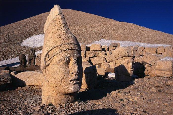 Остатки цивилизации библейского народа хеттов.