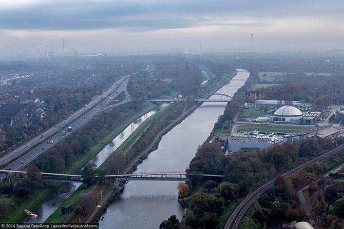 Крупнейший в Европе газометр