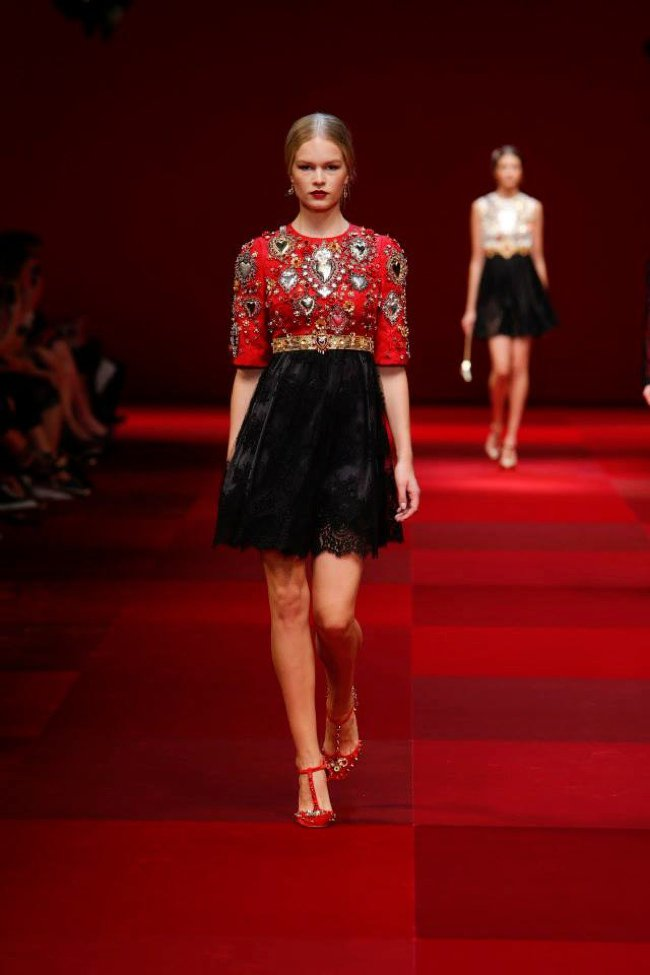 dolce-gabbana-2015-spring-summer-runway02.jpg