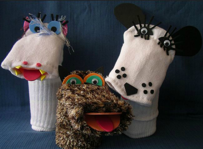 Забавные ручные куклы из носков.
