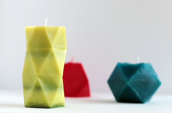 Геометрическую свечу можно сделать своими руками. Разнообразие форм зависит от выбранного шаблона