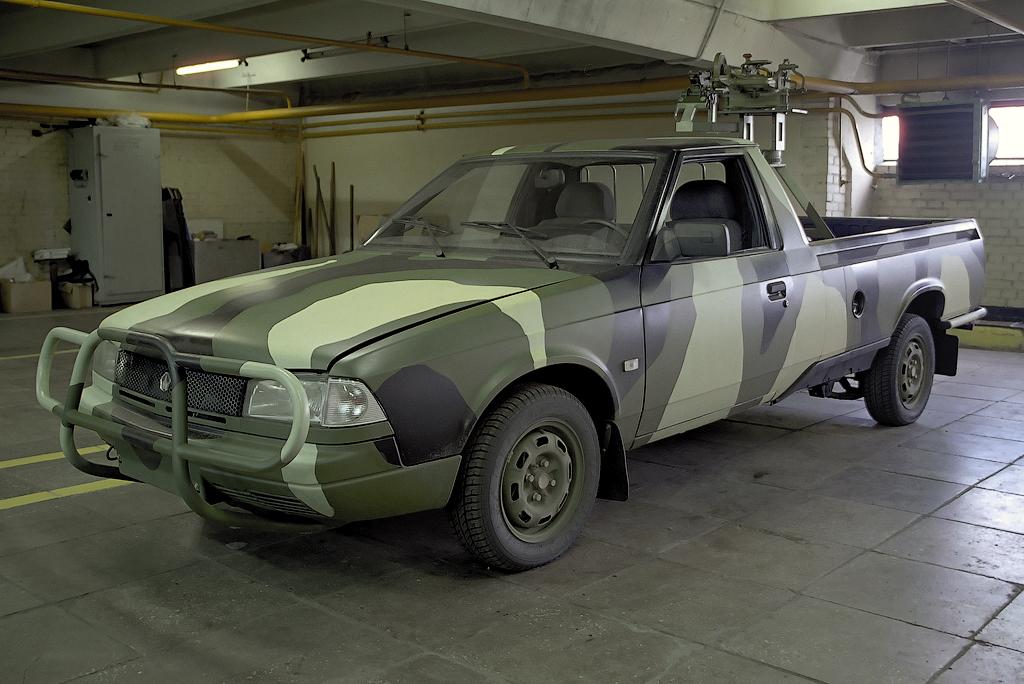 Москвич 2335