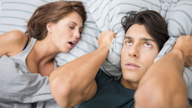 Причины и лечение храпа во сне у женщин
