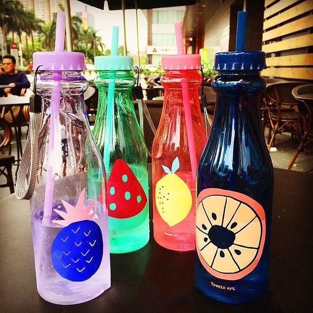 Яркие бутылочки для сока\напитка\коктейля. Из таких даже пить приятнее