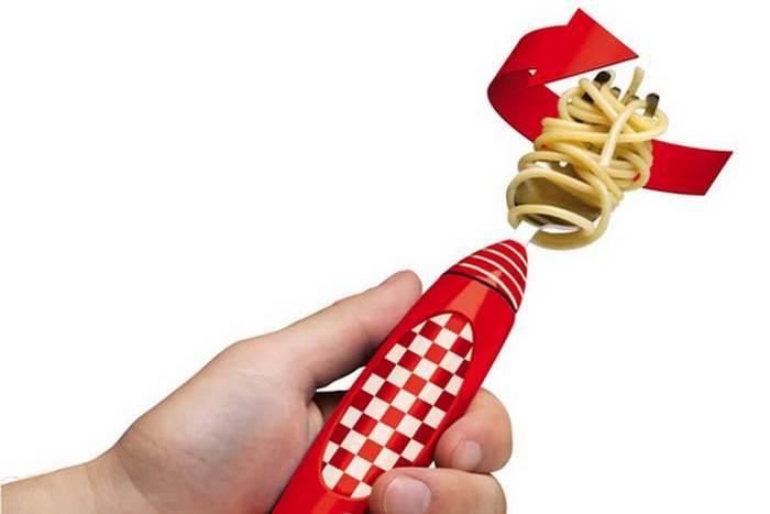 Странный кухонный гаджет «Вилка для спагетти».