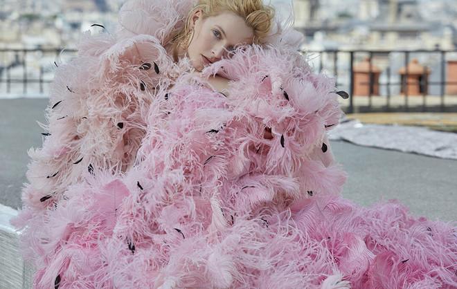 От фуксии до пыльной розы — 9 розовых платьев, которые нас покорили (фото 22)