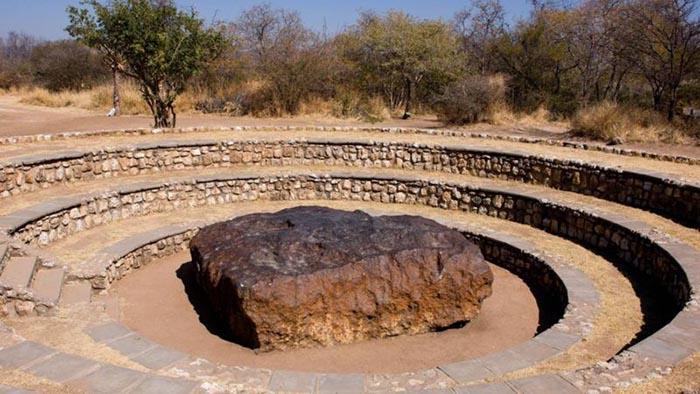 Метеориты падают на Землю чаще, чем мы себе представляем.