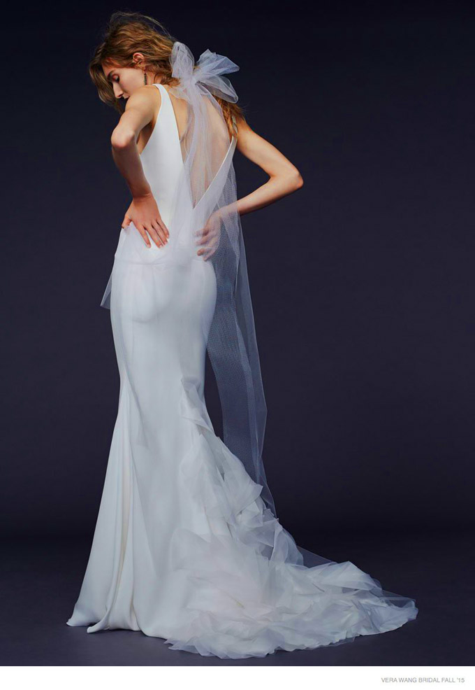 vera-wang-bridal-2015-fall-dresses05.jpg
