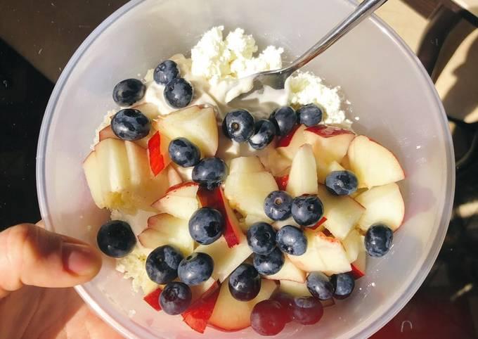 Творог с фруктами на завтрак - пошаговый рецепт с фото. Автор рецепта glad.fox ♂️ . - Cookpad