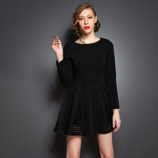 0ccdfc8e9c6 malenkoe-chernoe-plate-foto-novinki 28. На сегодняшний день дизайнеры  создали множество вариантов маленького черного платья ...