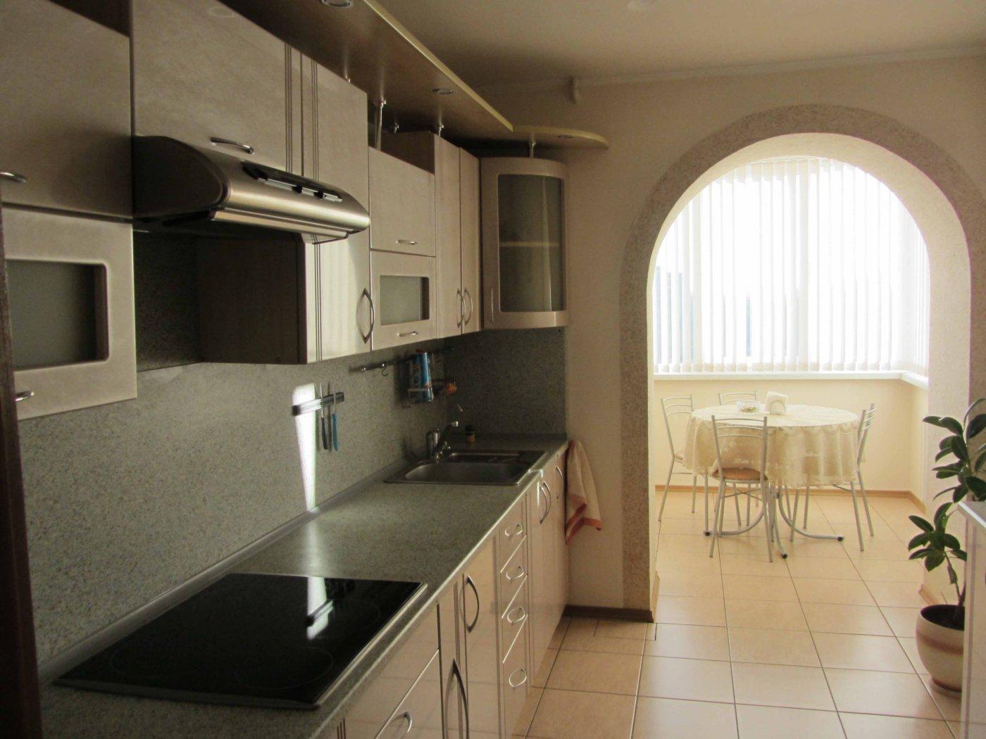 Дизайн кухни-гостиной фотографии