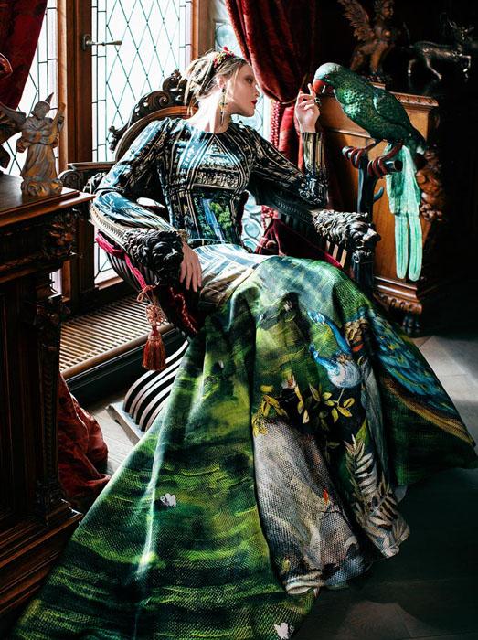 Платье в зеленых тонах. Дизайнер: Светлана Лялина.