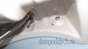 установка тумбы под умывальник в ванную