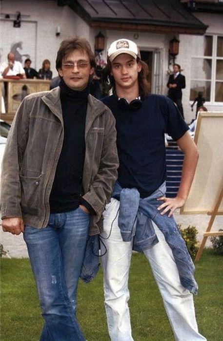 Два Александра Домогарова, отец и сын. / Фото: www.kino-teatr.ru
