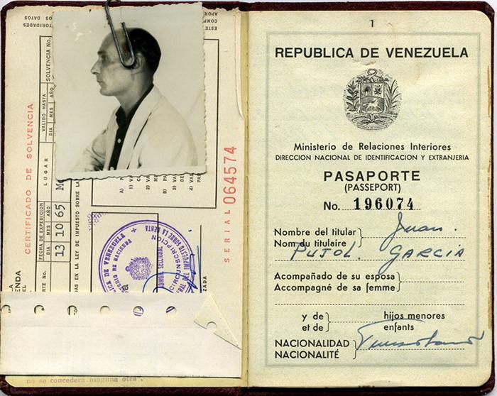 Венесуэльский паспорт агента Гарбо.