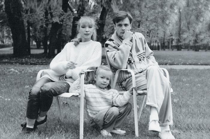 Юрий Мороз с женой и дочерью. / Фото: www.games-of-thrones.ru