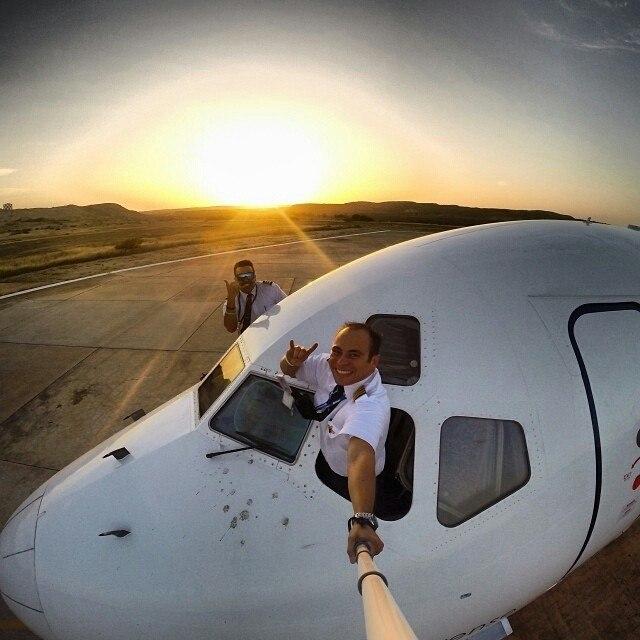 2014062712071153ad0a0feb130 Люси в небе с алмазами: селфи пилотов самолетов
