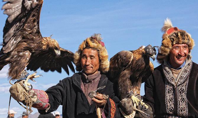 Жители Монголии, Интересные факты о Странах Мира