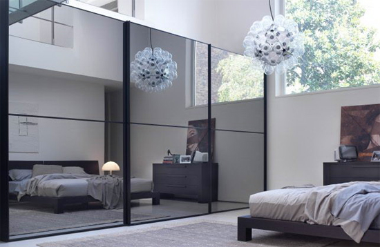 Картинки по запросу зеркало напротив кровати