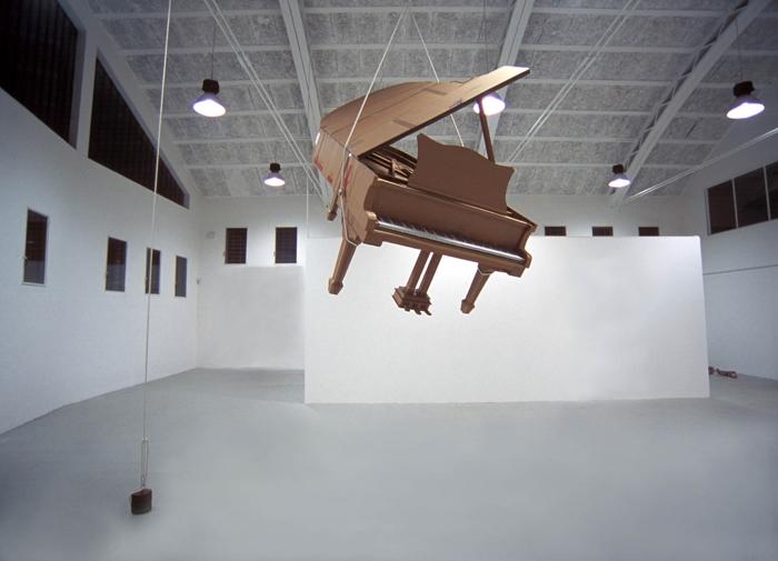Скульптуры из картона Криса Гилмора. (46 фото)