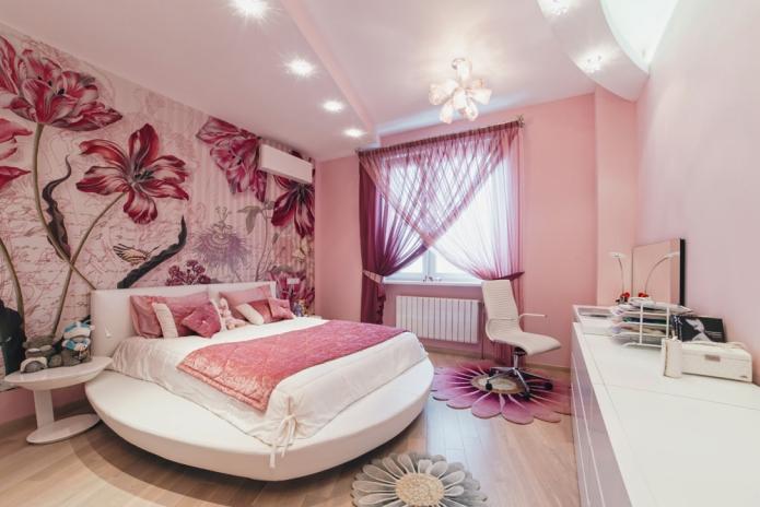 акцентная стена с фотообоями в спальне