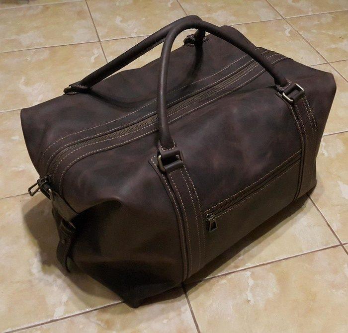 32fa4da1ad62 Внутренние карманы тоже не делал — это все таки дорожная сумка, а не  барсетка. Края ничем не обрабатывал, так как кожа мягкая.