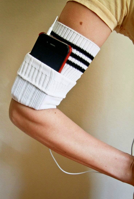 Спортивная повязка на руку.