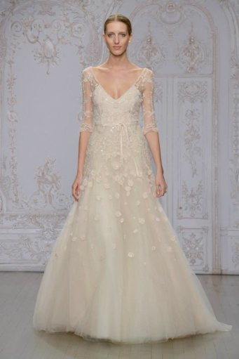 monique-lhuillier-2015-fall-bridal-wedding-dresses09.jpg