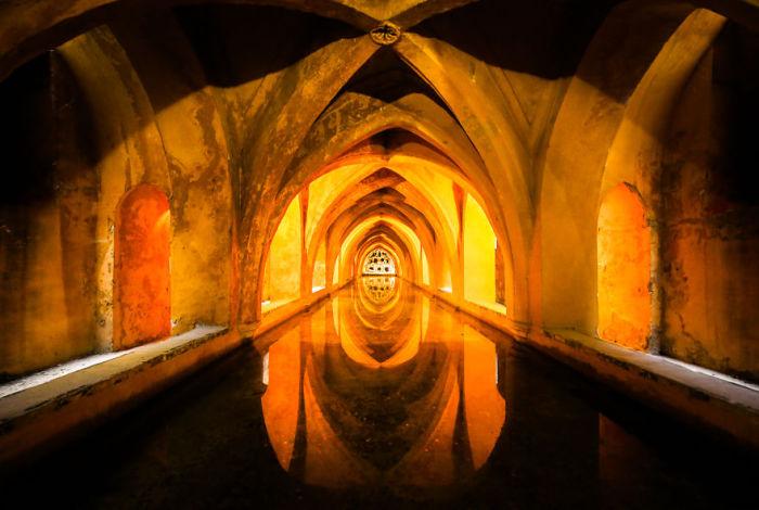 Вид королевского замка изнутри.