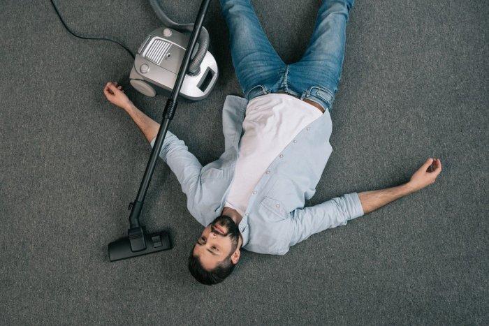 Даже если вы не боитесь тяжелой работы или уборки, это не значит, что нельзя найти способ работать с умом, а не усерднее, когда это возможно. /Фото: irp-cdn.multiscreensite.com