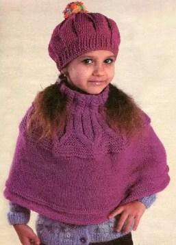 К берету можно связать теплый шарф