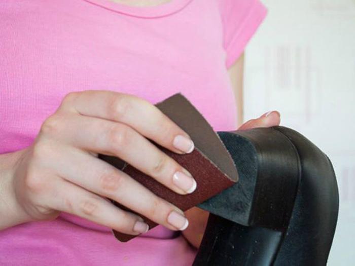 Решить проблему со скользкой подошвой. | Фото: 24Warez.Ru.