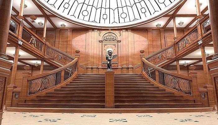 Так будет выглядеть парадная лестница реплики лайнера.